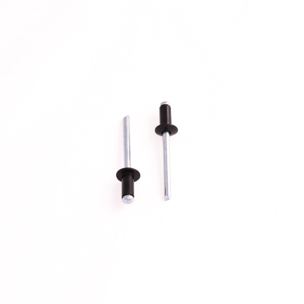RIVET BLACK 100 PER PACK